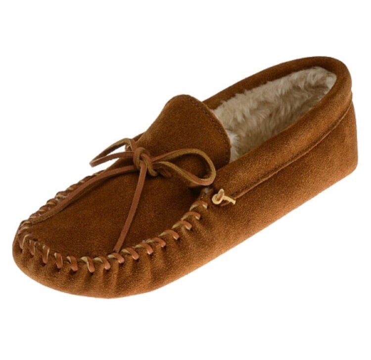 Men's Minnetonka Pile Lined Softsole Brown Moccasins