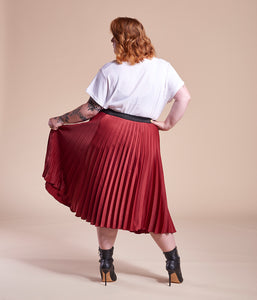 Favie Curvy Fashion A&LY Plissee-Rock rot Plus Size Rückansicht
