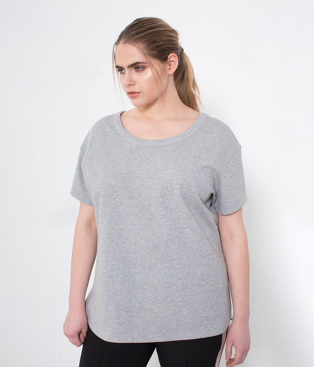 Laden Sie das Bild in den Galerie-Viewer, Favie Curvy Fashion CoolRose T-Shirt grau Melange Vorderansicht