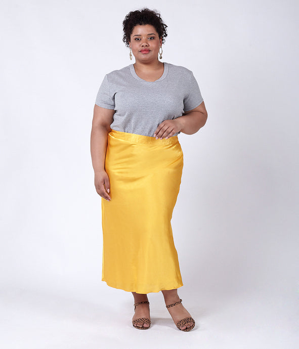Favie Curvy Fashion Elvi Rock Vorderansicht Plus Size