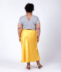 Favie Curvy Fashion Elvi Rock Rückansicht Plus Size