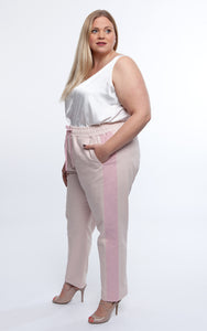 Favie Curvy Fashion Jogginghose Seite