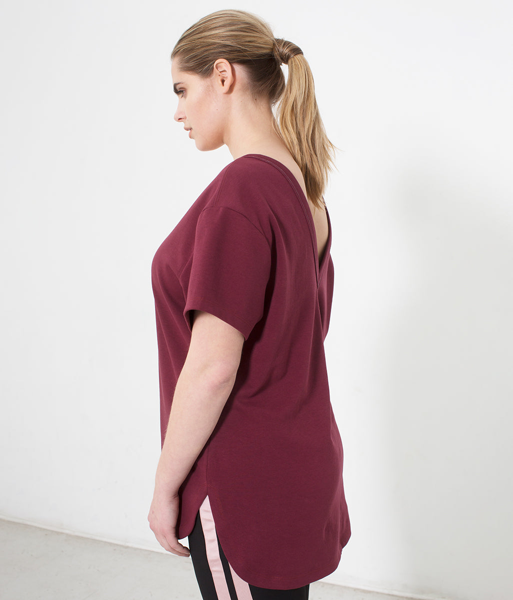 Laden Sie das Bild in den Galerie-Viewer, Favie Curvy Fashion CoolRose T-Shirt burgundy Melange Vorderansicht
