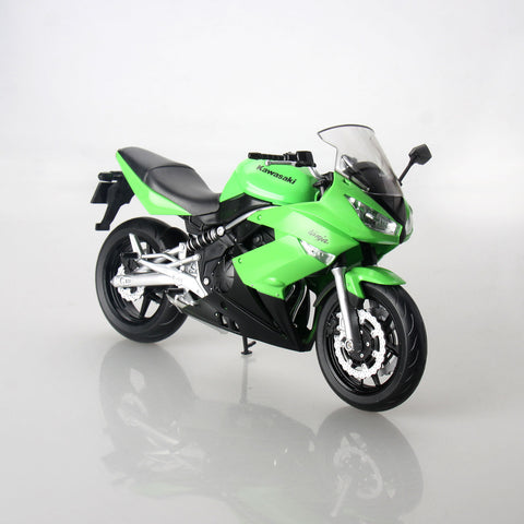 Kawasaki Ninja 650R Motorcycle Scale Model