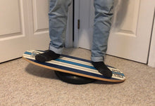 Load image into Gallery viewer, Callisto balance board with wobble cushion