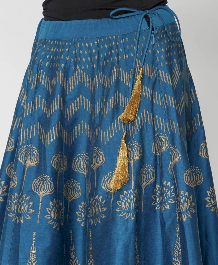 Golden Foil Print Flared Skirt