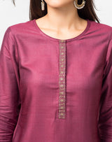 Viscose Tussar Zari Detail Knee Length Kurta