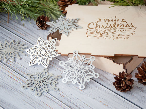 2-4 Days to USA Christmas Decorations Rustic Holiday Decor Wooden Snowflake Ornament Set Rustic Christmas Tree Decorations Christmas Gift