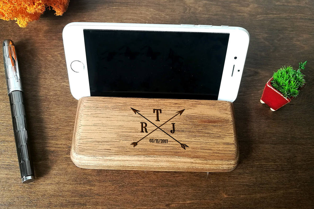 Wood IPhone Stand Personalized Gift for Him Phone Holder Boyfriend Gift 5th Anniversary Gift for Him Fathers Day Gift Dad Gift Brother Gift