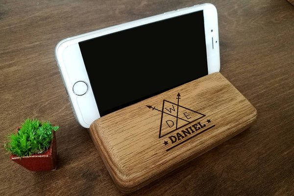 Game of Thrones Gift for Him, Personalised Phone Stand, Birthday Gift for Him, Boyfriend Christmas Gift, Gifts for Dad, Mens Birthday Gift