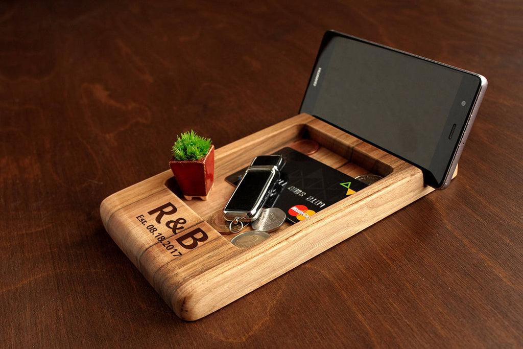 Personalized Gift for Him,Fathers Day Gift,Gifts for Dad Birthday,Christmas Gift for Dad,Gift for Men,Mens Docking Station,Wood Organizer