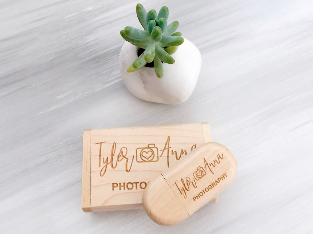 Wedding Gift for Couple Valentine Gift Custom USB Wedding Favors Wood USB Personalized Flash Drive Fathers Day Gift Wedding Photography