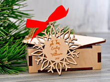 Load image into Gallery viewer, Couple Gifts for Christmas Personalized Snowflake Christmas Ornament Gift Box Free Personalized Christmas Gifts Our First Christmas Mr Mrs