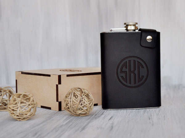 Monogrammed Flask Whiskey Flask Groomsman Gift Engraved Flask Personalized Leather Flask for Him Grooms Gift for Him Mens Gift Hip Flask