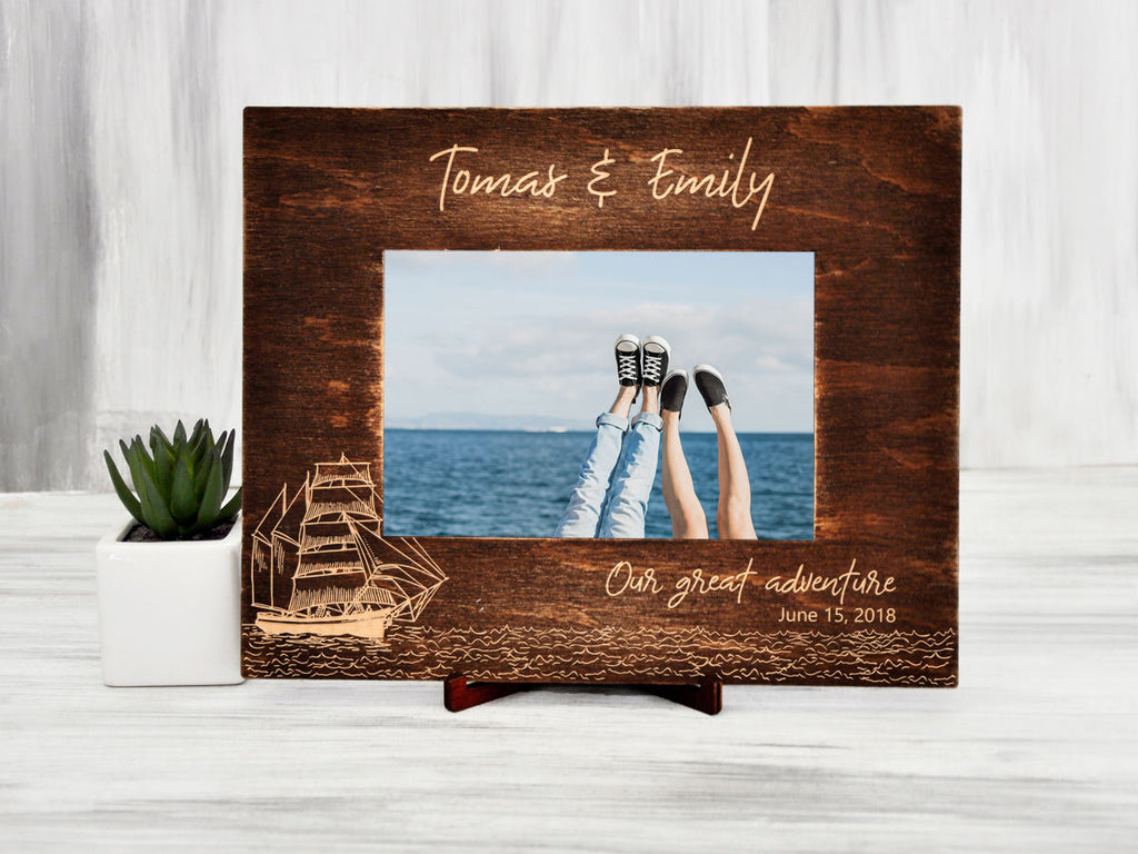 Wood Photo Frame Destination Wedding Gift for Couple Personalized Picture Frame Sea Traveler Gift Custom Photo Frame Gift Ideas Family Frame