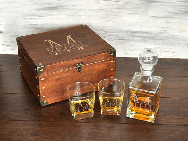 Whiskey Decanter Set Personalized Gift for Boss Engraved Decanter Set Mens Birthday Gift Personalized Whiskey Glasses Monogrammed Gift Him