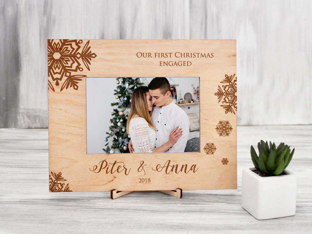 Personalized Christmas Frame 1st Christmas Engaged Frame Wood Picture Frame Engagement Gift for Couple Engraved Photo Frame Xmas Family Gift