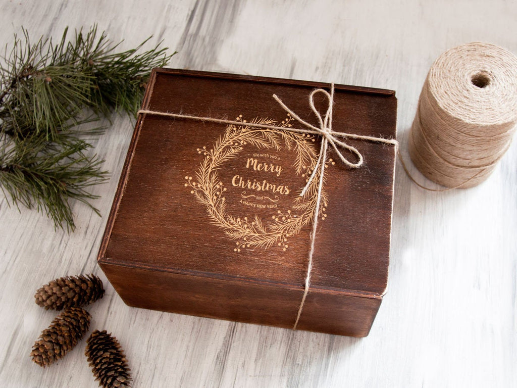 Custom Wooden Box Christmas Gift Box Engraved Wood Keepsake Box Christmas Gift Wrap Holiday Gifts Christmas Wreath Storage Box Xmas Gift Box
