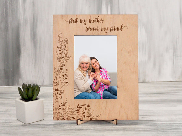 Wood Picture Frame Mothers Day Gift from Daughter Engraved Photo Frame Birthday Gift for Mom Wall Frame Family Gift Custom Frame 5x7, 4x6