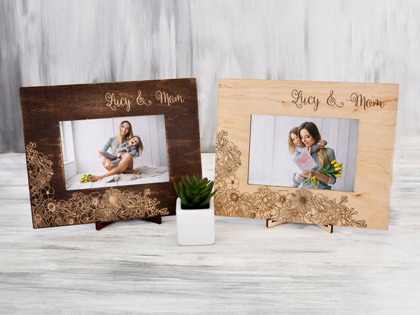 Mothers Day Gift Personalized Picture Frame Birthday Gift for Mother Custom Engraved Frame Wood Wall Frame 4x6 Mommy & Me Gift from Daughter