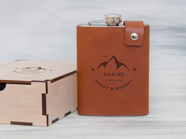 Anniversary Gifts for Boyfriend Custom Flask Birthday Gift for Him Birthday Gift for Dad Boyfriend Birthday Gift Personalized Leather Flask