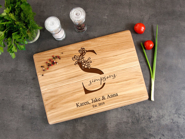 Personalized Cutting Board Family Sign Wood Board Housewarming Gift Custom Engraved Chop Boards Wedding Gift Kichen Decor Anniversary Gift