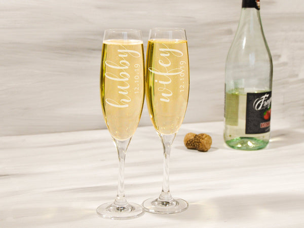 Hubby Wifey Champagne Flutes His and Her Personalized Toasting Glasses Couple Gift Groom Bride Champagne Glasses Wedding Anniversary Gift