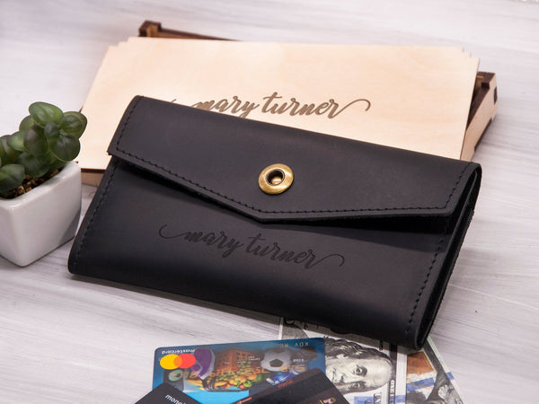 Leather Womens Wallet Personalized Clutch Wallet Gift for Her Engraved Bifold Women Wallet Zipper Leather Long Wallet Gift for Girlfriend
