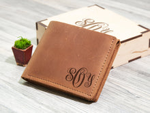 Load image into Gallery viewer, Leather Wallet Christmas Gift for Husband Engraved Wallet Birthday Gift for Him Men Gift Idea Monogram Mens Wallet Personalized Gift for Dad
