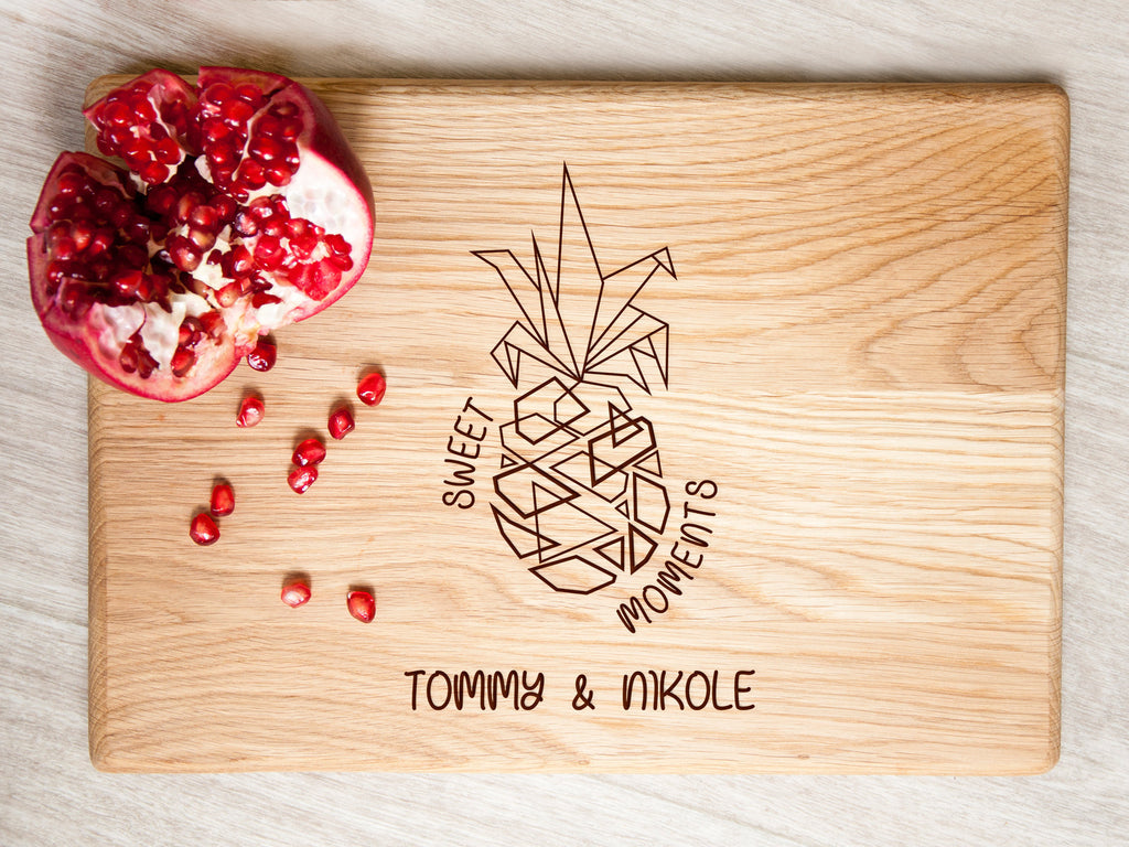 Personalized Cutting Board Pineapple Decor Hawaii Wedding Gift Idea Wood Cheese Board Tropical Fruit Bride and Groom Gift Charcuterie Board