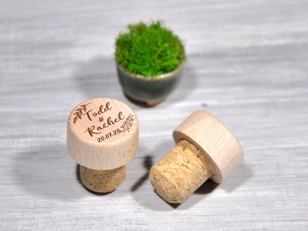 Personalized Wine Stoppers Engraved Wine Cork Favors Personalized Bottle Stopper Custom Wedding Party Favor Wine Cork Gift Bridal Party Gift