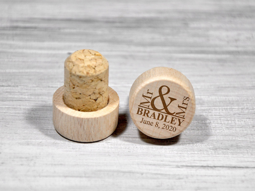Custom Wine Corks Personalized Wedding Favors Engraved Wine Stopper Made of Wood Etched Bridesmaid Gifts Wine Bottle Stopper Wine Lover Gift