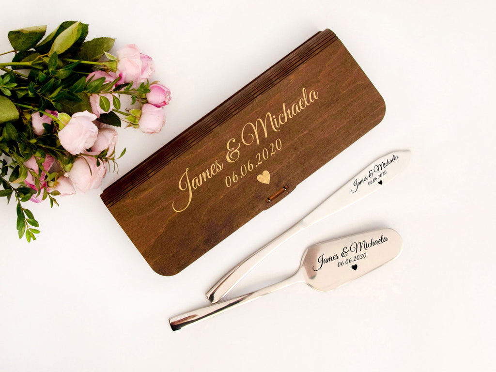 Personalized Cake Server Set and Wooden Gift Box Engraved Cake Knife & Server Wedding Cake Knife Set Cake Cutting Set Wedding Gift Couple