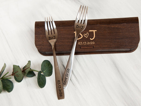 Personalized Wedding Cake Forks Christmas Gift for Couples Engraved Forks 1st Anniversary Gift for Wife Custom Fork Set with Wooden Gift Box