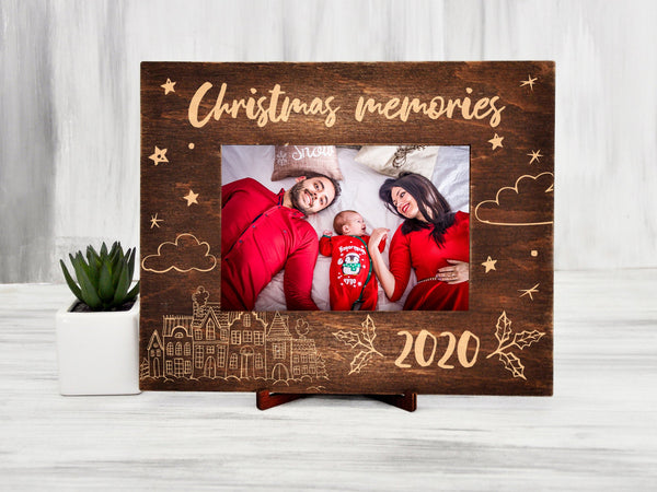 Wood Photo Frame Christmas Family Gift Custom Picture Frame Christmas Memories Holiday Gifts for Grandparents Horizontal Frame Parents Gift