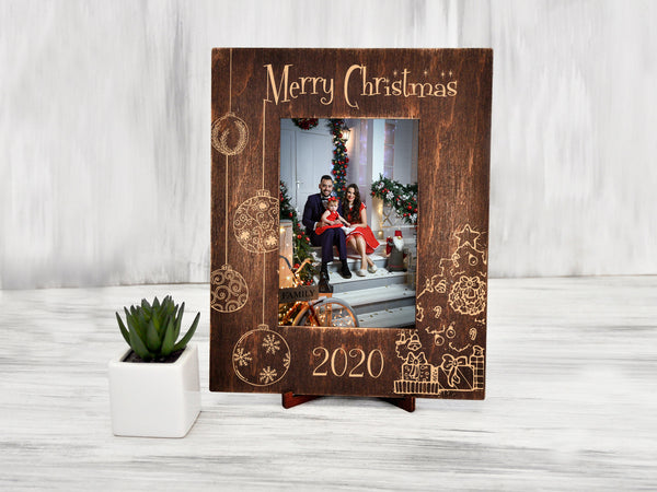Christmas Frame Holiday Decor Engraved Picture Frame Merry Christmas Gift Handmade Photo Frame Family Gift Custom Picture Frame for Grandma