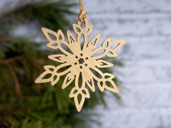 Christmas Snowflakes Ornament, Xmas Tree Decorations, Scandinavian Holiday Decor, Merry Christmas Gift Box, Wooden Snowflakes Set 8-24 pcs