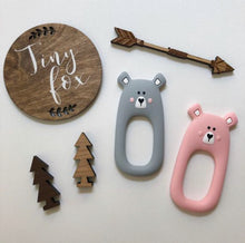 Load image into Gallery viewer, Bear teether pink