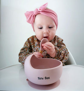 Silicone suction weaning bowls with spoon