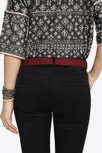 Load image into Gallery viewer, CEINTURE EN CUIR BRODE ISABEL MARANT