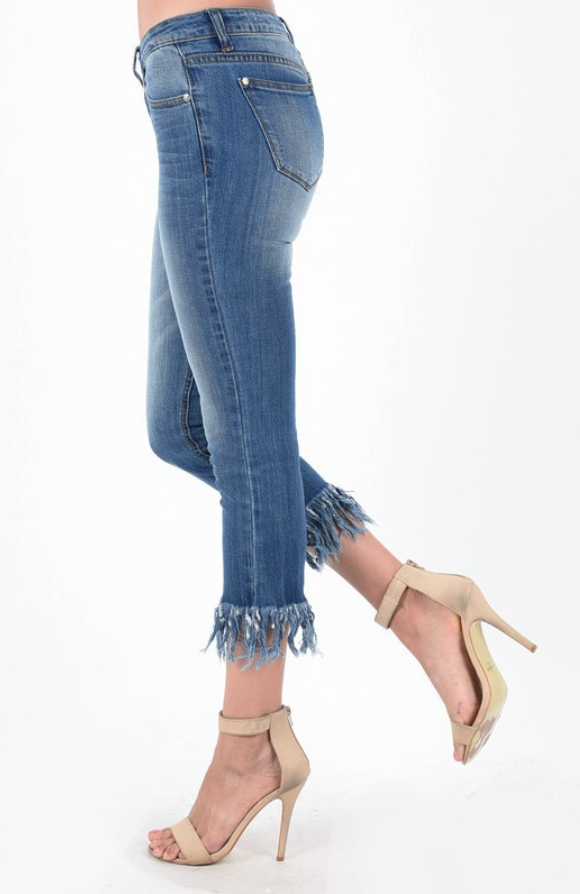 Judy Blue Long Fray Cropped Jeans