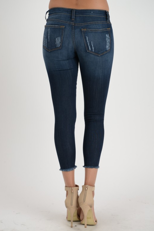 Judy Blue Rayon Ankle Fray Crop Jeans