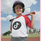 TikTok Kids shirt with round TikTok logo and coloured sleeves - SD-style-shop