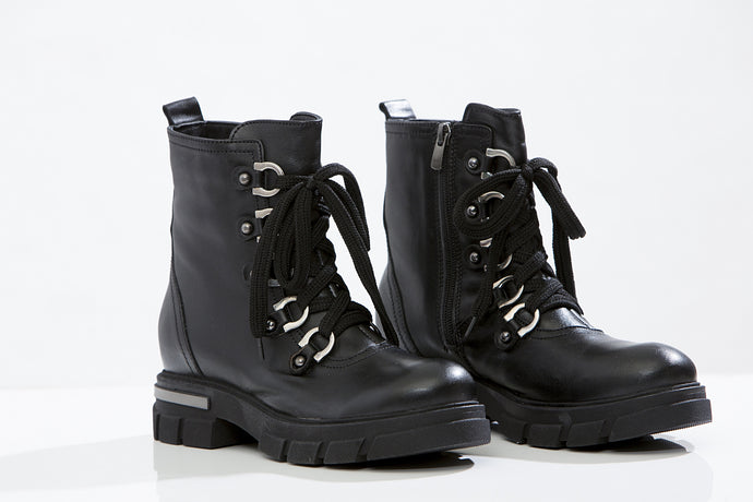 EFETTI Lace up booties