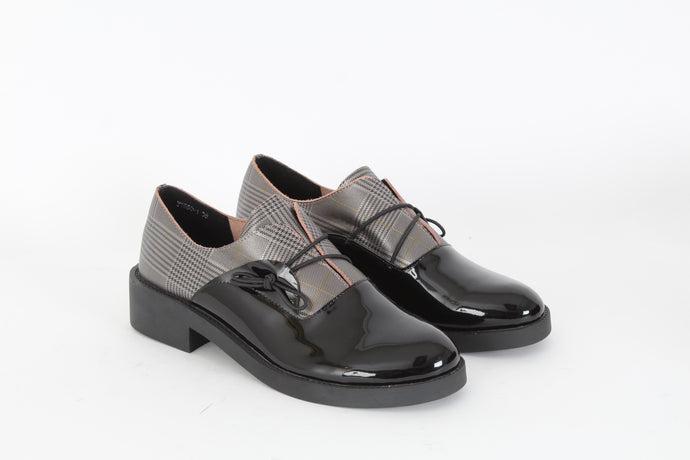 CANAPE Slip on loafers