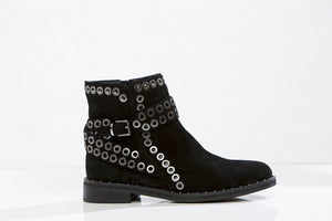 DELOTTO Flat Ankle boots