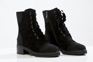 DELOTTO Lace- up booties
