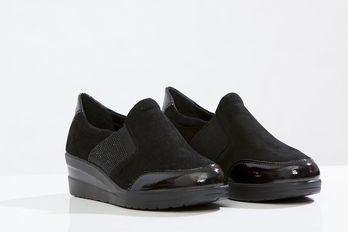 LARK & Finch Wedge comfy shoes