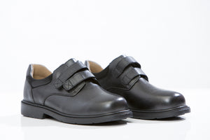 LARK & Finch school shoes