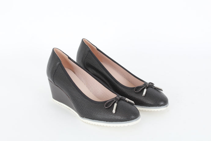 LIZA Round toe loafers